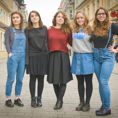 MamyGlos - MamyGlos - FRIDA The Young Feminist Fund
